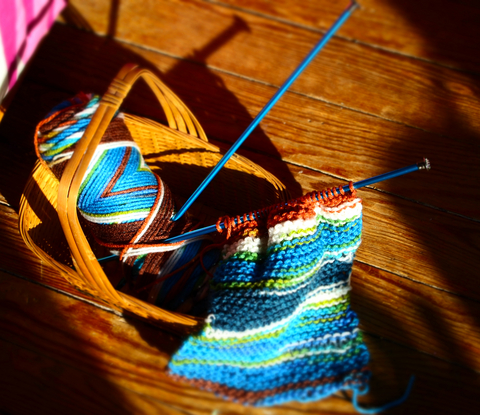 how to add another skein of yarn when knitting youtube